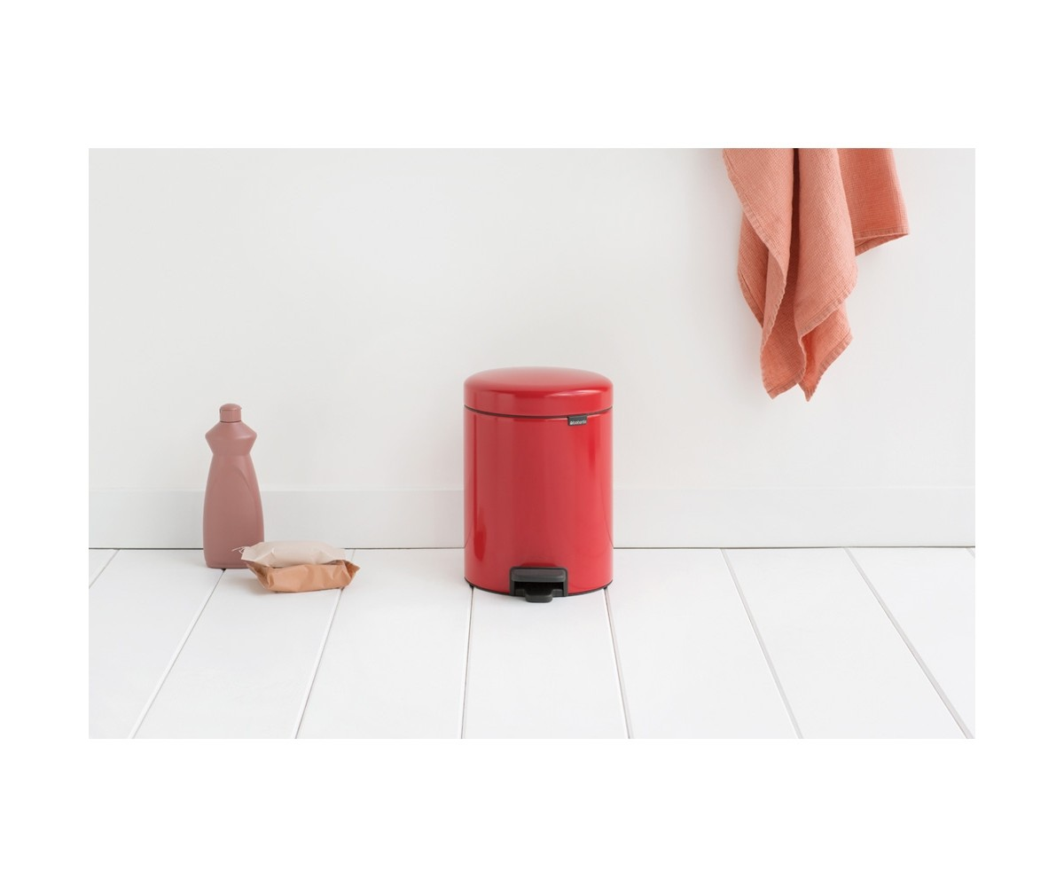 Brabantia Pedalspand 5 liter Passion Red-05